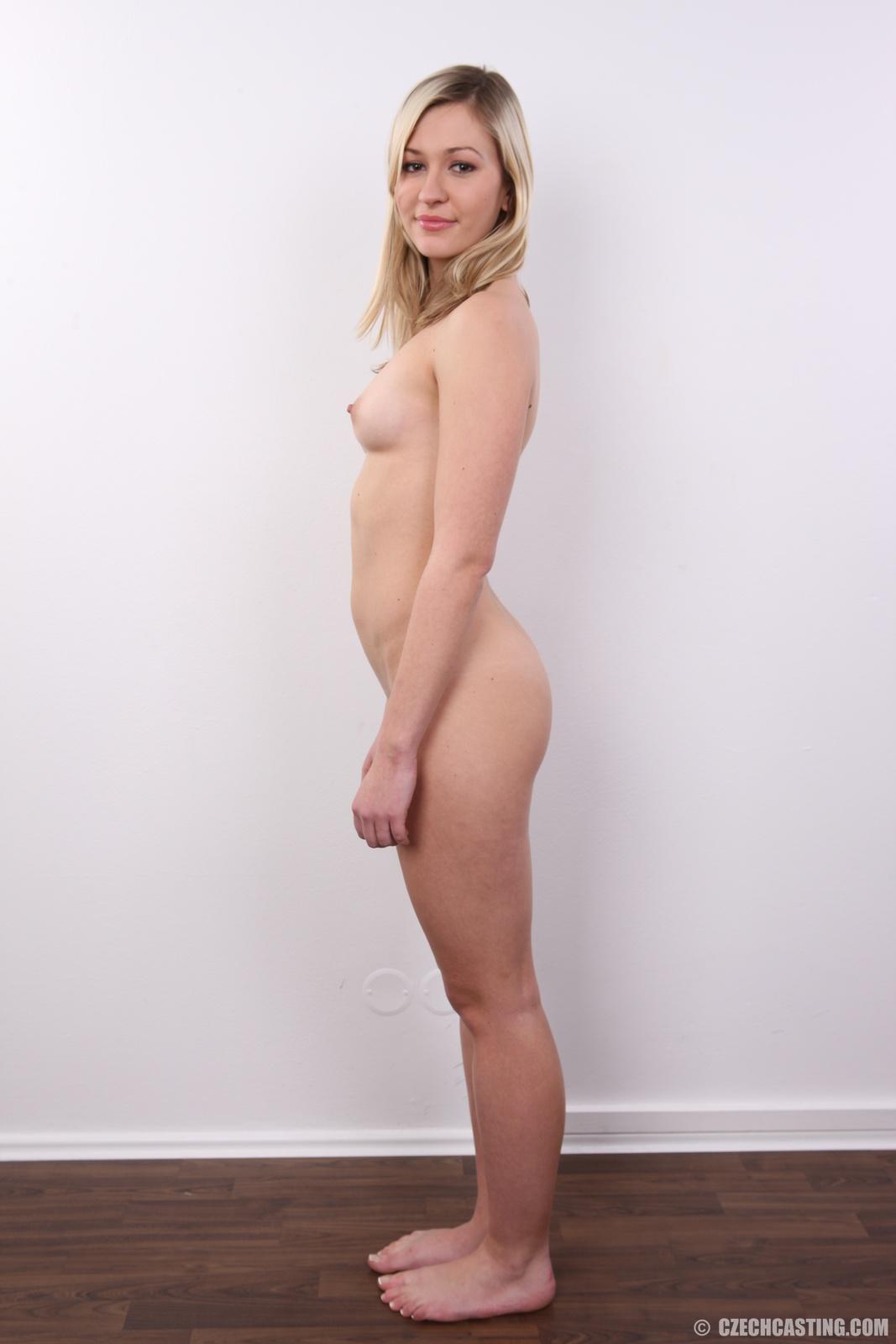 Girls hot nude twenty year old