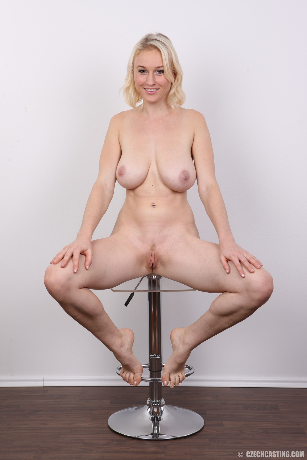 Big girls wrestling nude