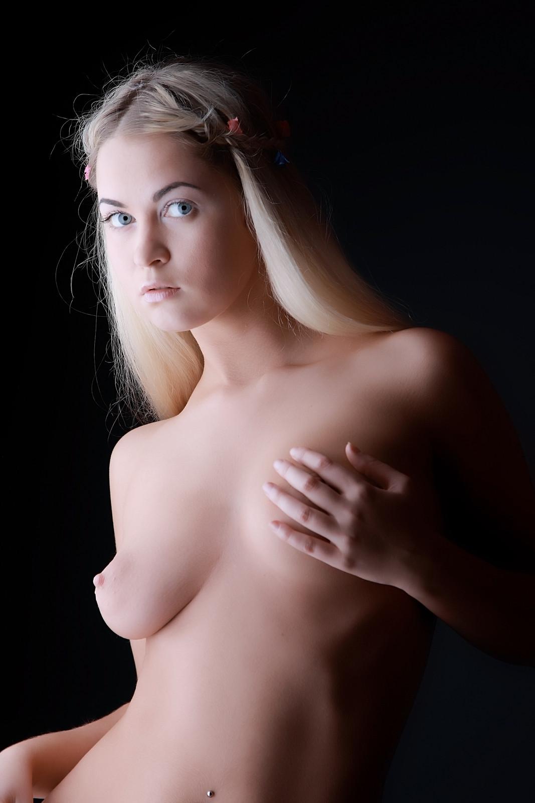 brandy taylor sexy nude