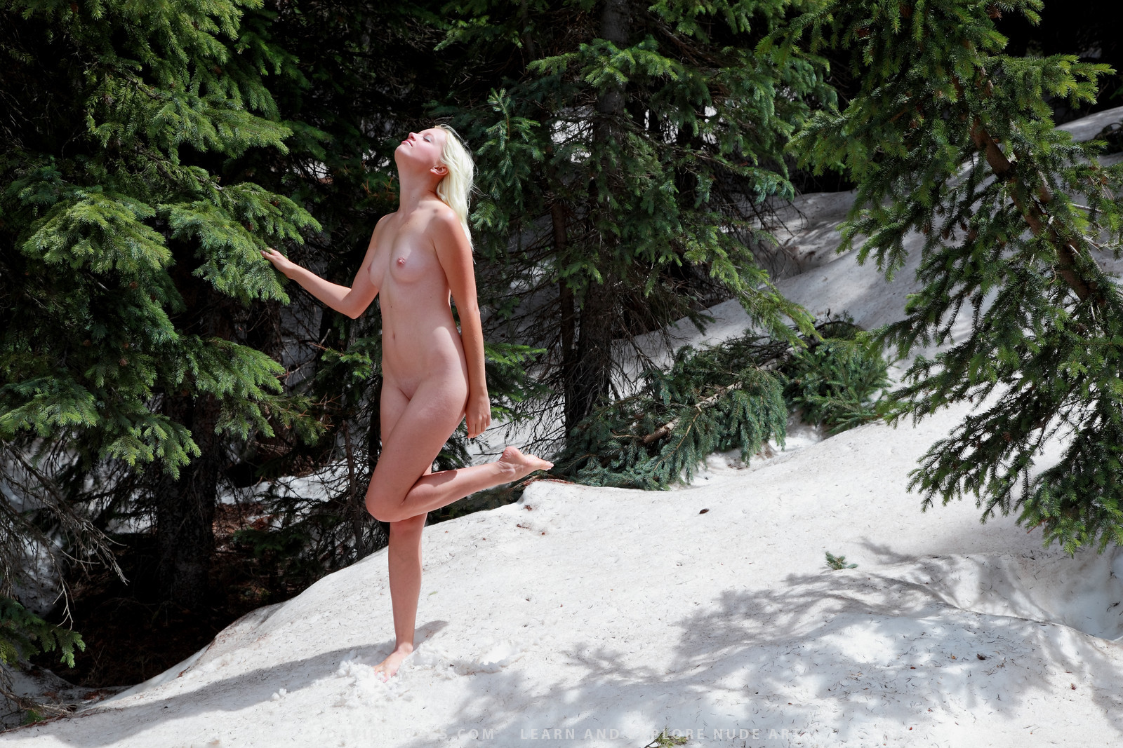 Girl nude in snow exploited video
