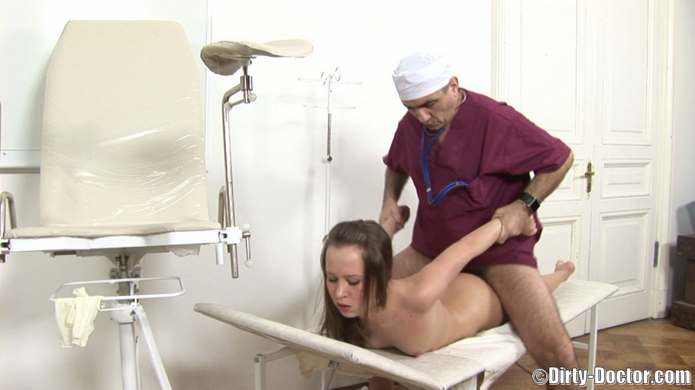 russkoe-porno-onlayn-osmotr-u-ginekologa