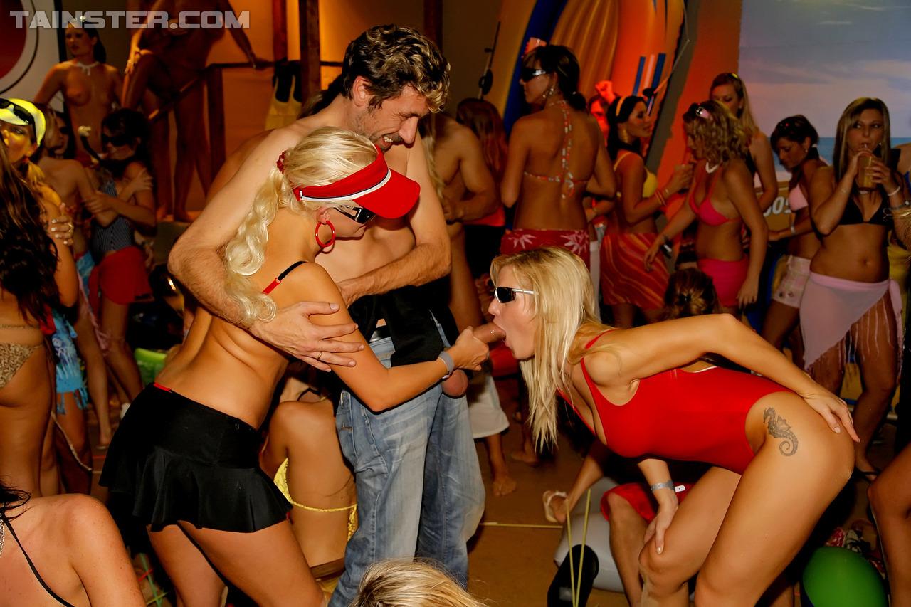 милейшие порно клуб на ибице смотреть при