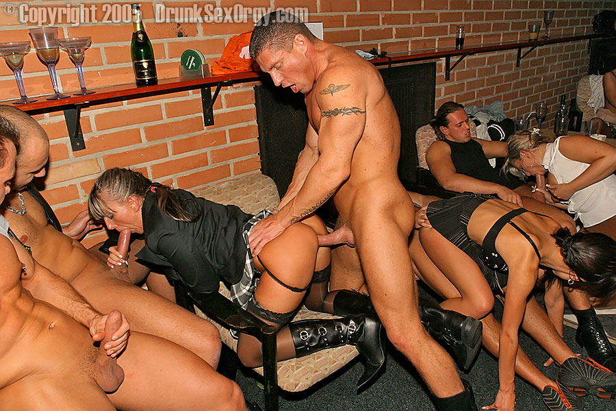 Kinky Cum Whore Party