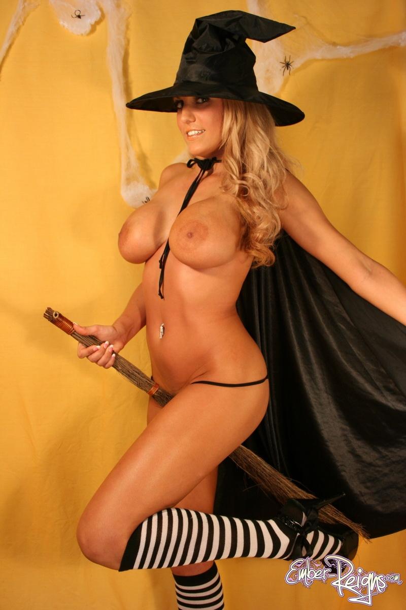 Nude halloween babes