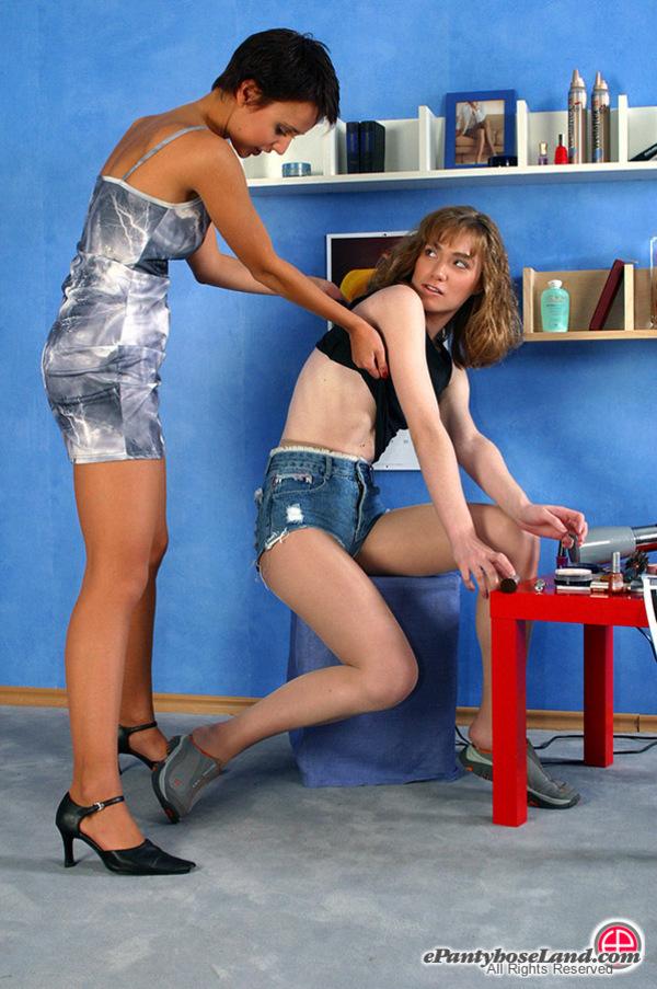 Craftsman who women sharing pantyhose these