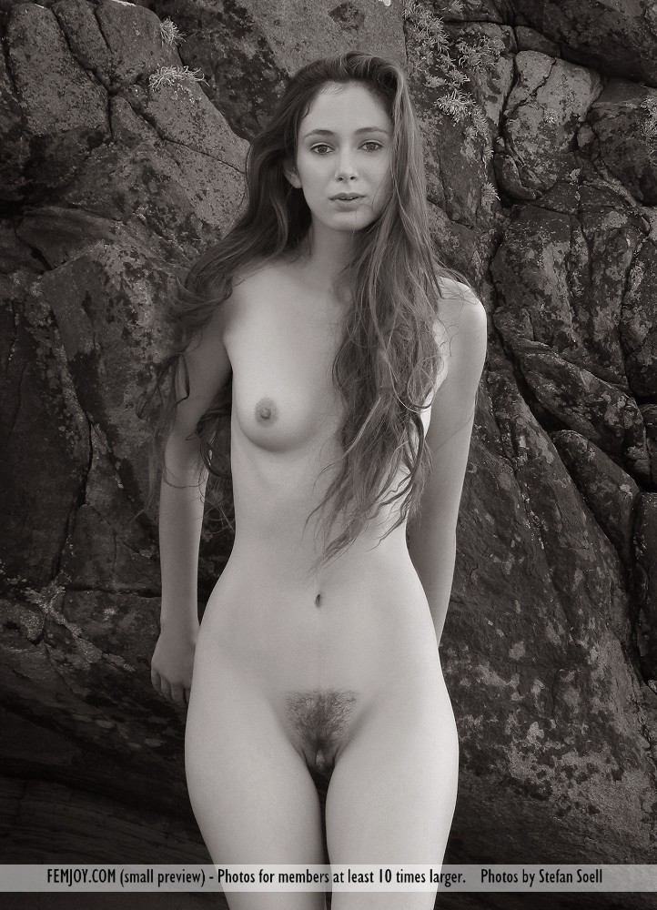 nude women in highland images