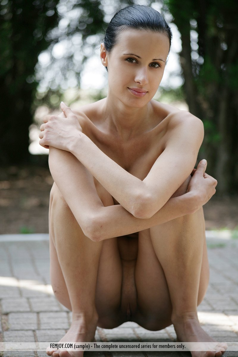 Nude in the park pics