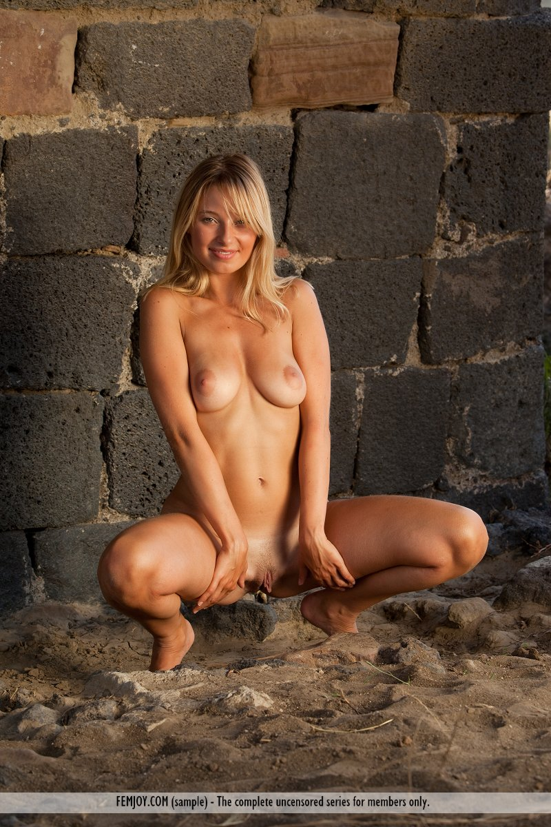from Rory girls from the hills naked free