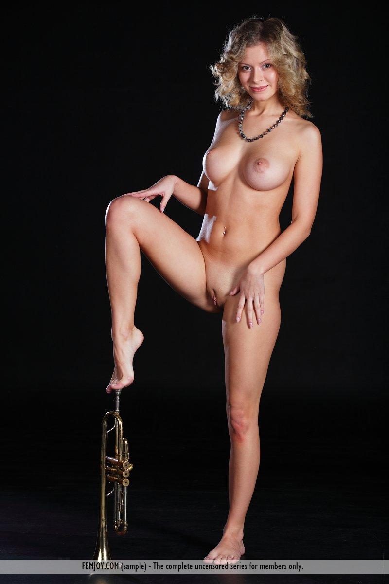 Uncensored music video nudity