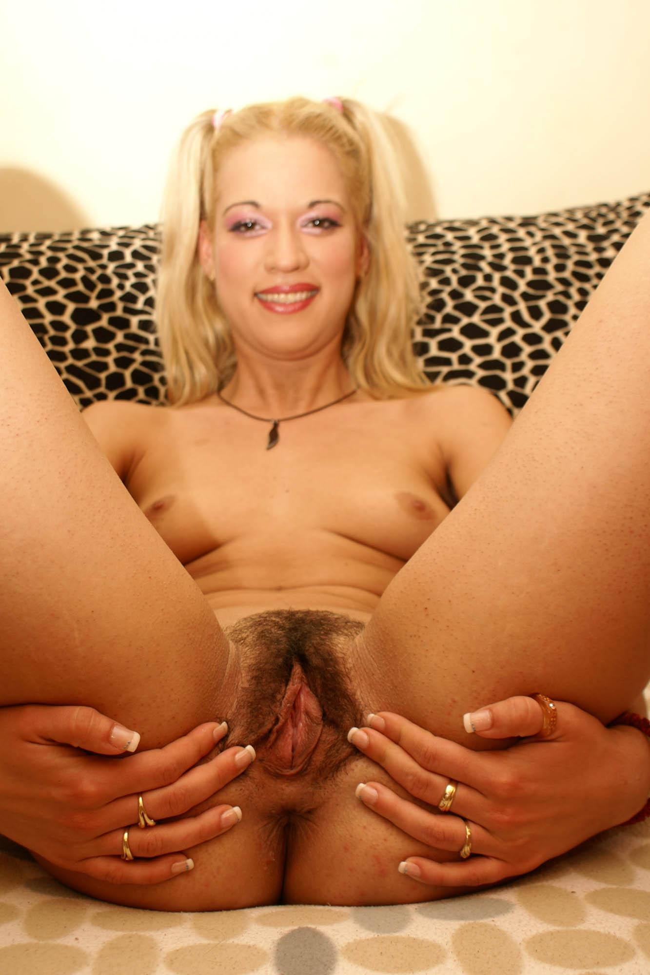 wild-horney-pussy-amy-sue-cooper-nude-pics