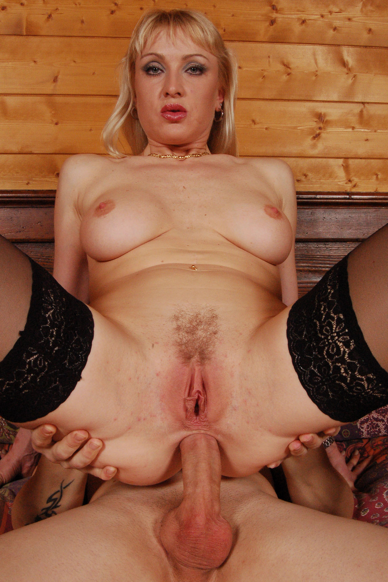 Anal and fist action anal swingers - 2 part 2