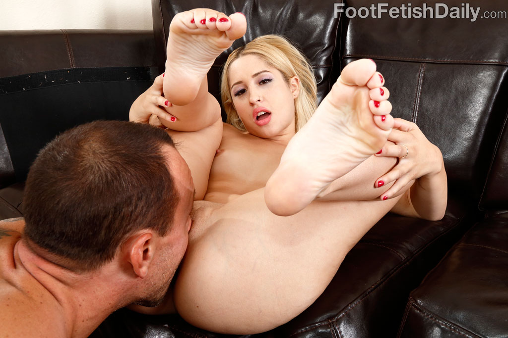 Winporn domestic foot fetish