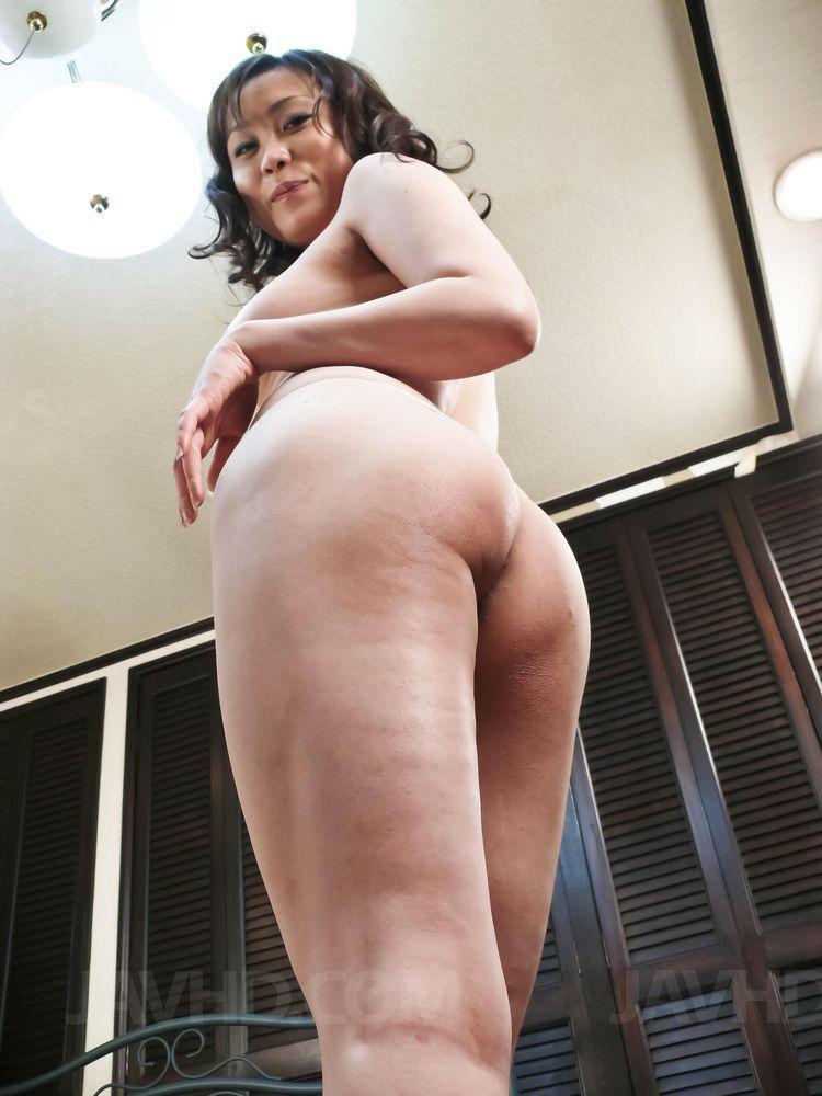 Hitomi aizawa ass