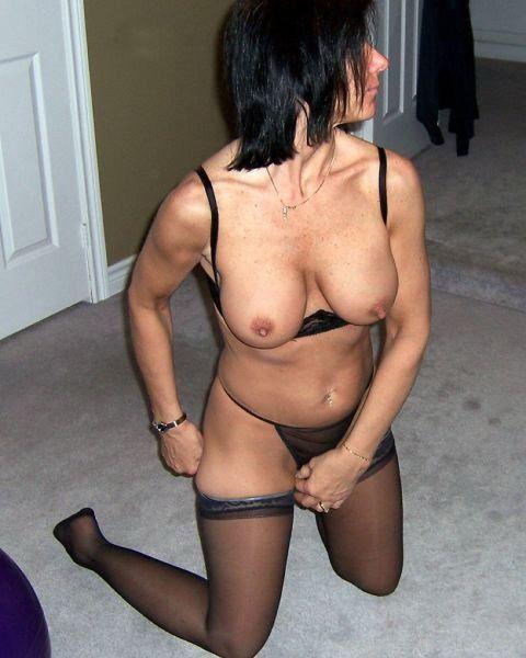 Фотка 5916 под названием секс нудистов онлайн из категории секс с кон