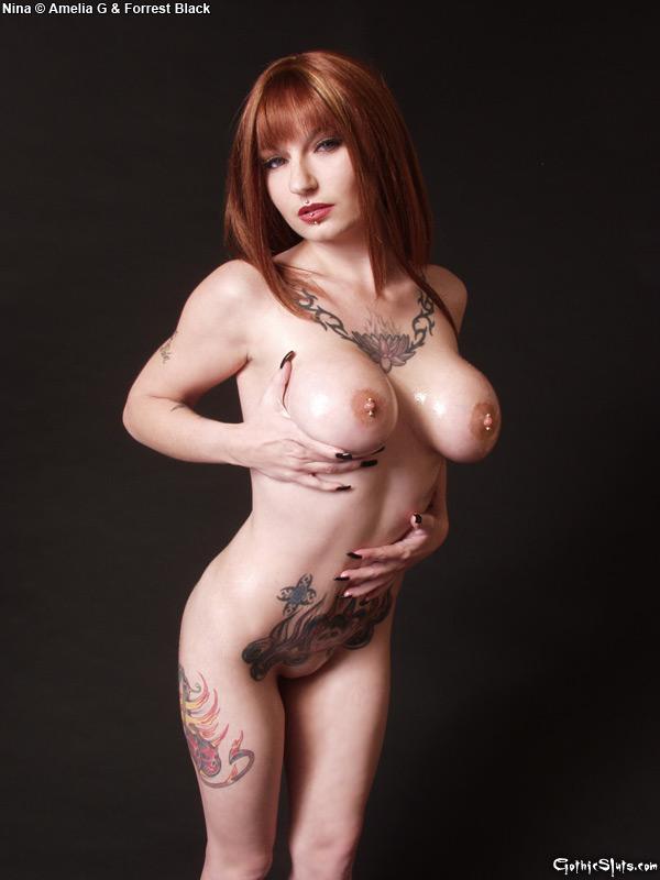 selena gomez naked oiled pussy