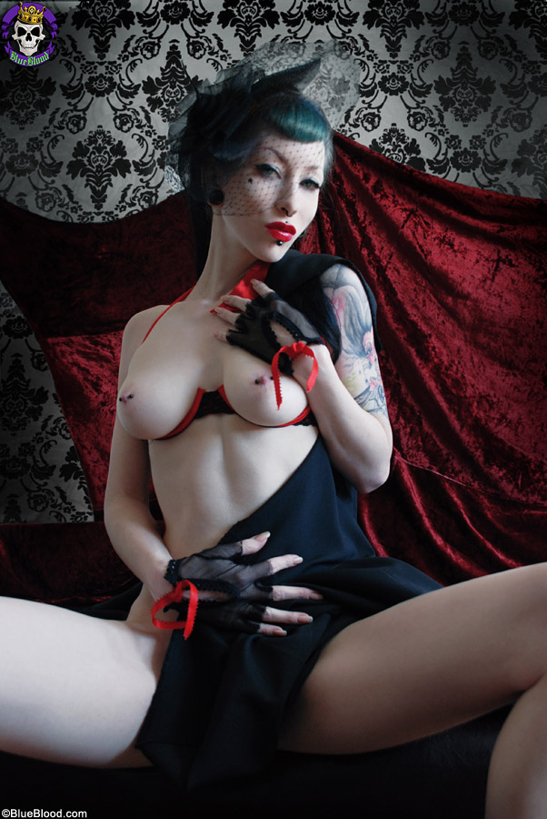 naked goth women sex