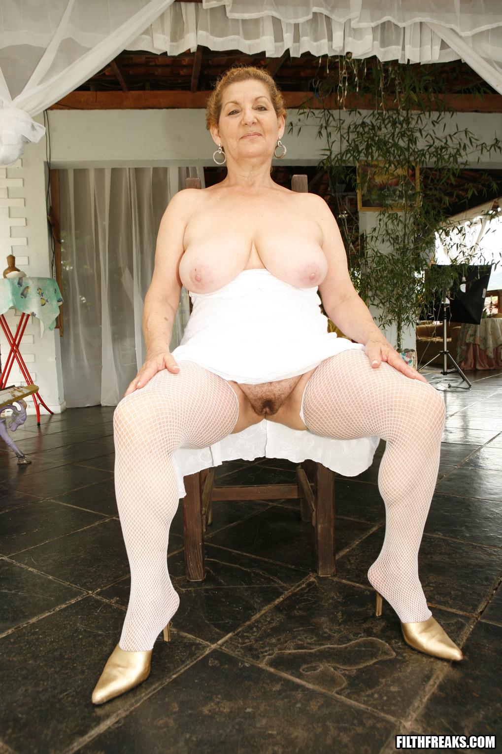 Photo erotica lesbian
