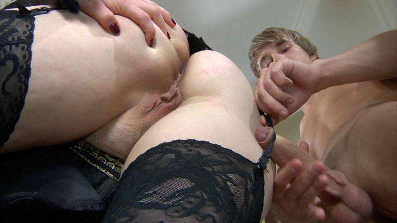 porn-pictures-of-flo-from-progressive-big-tit-asian-lesbians