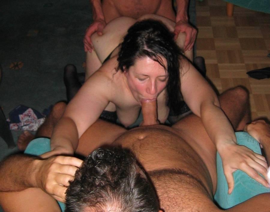 eroticheskie-foto-devushek-domashnee