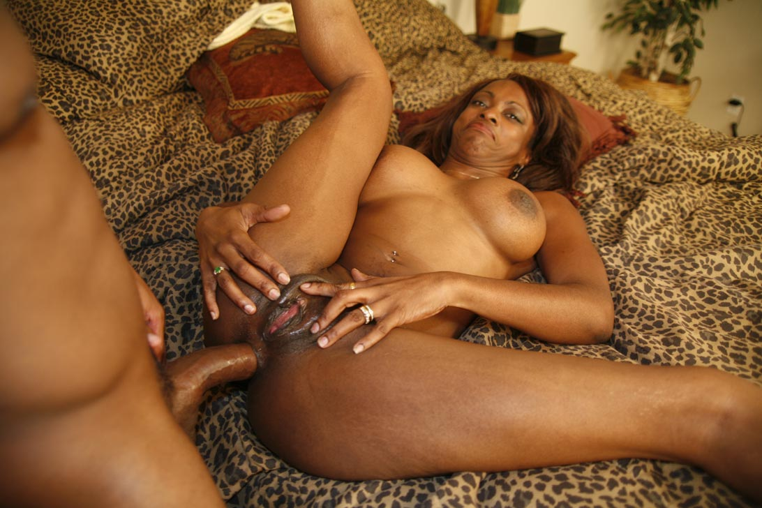 Horny black mothers