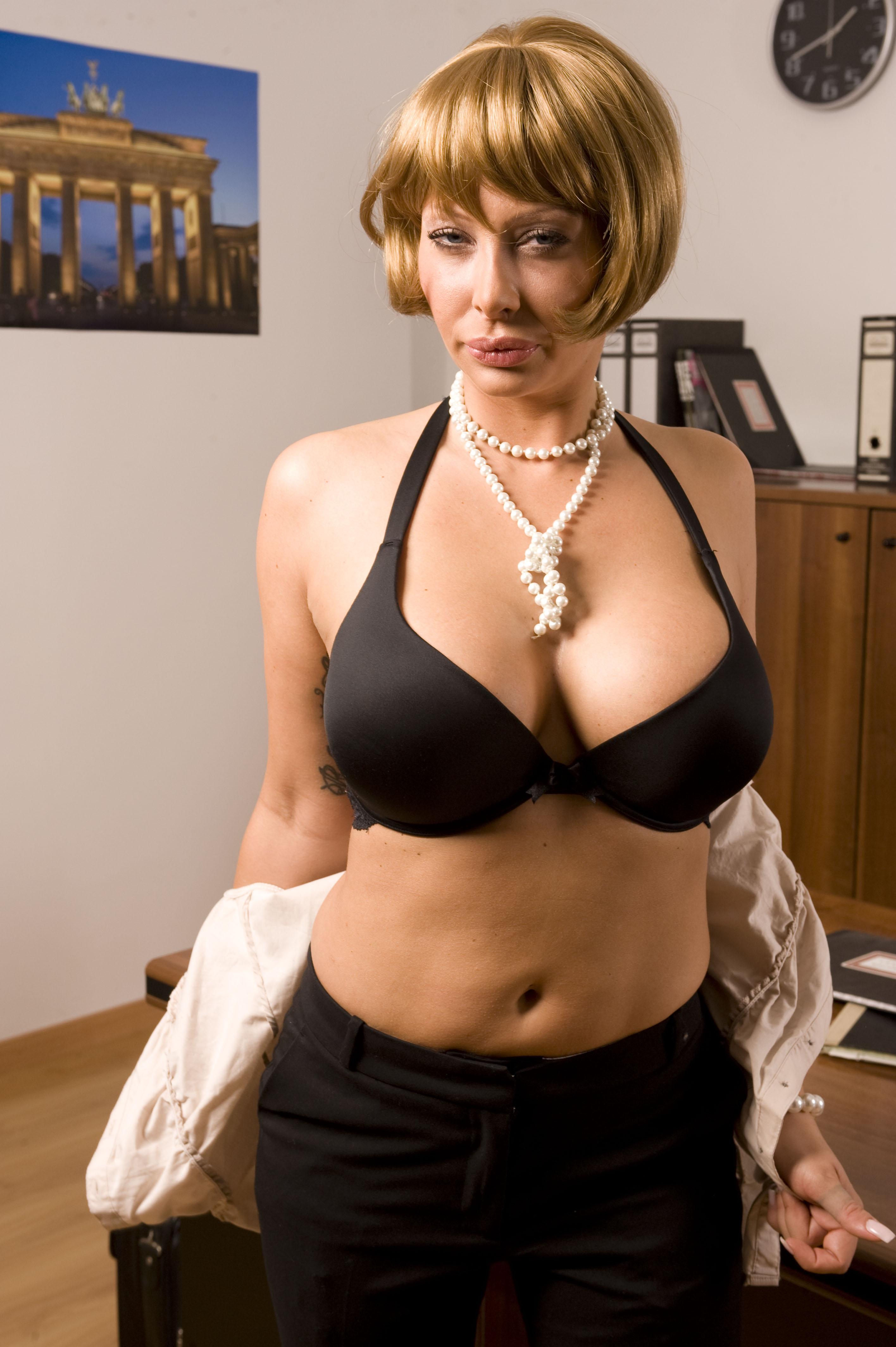 Stella Styles Porn
