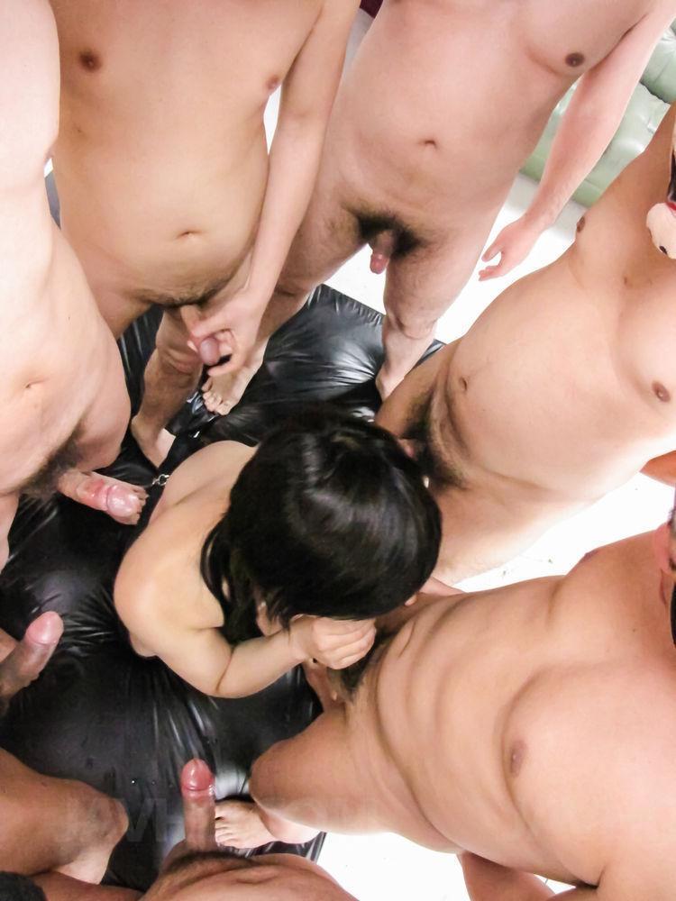 Two guys give mai shirosaki creamy filling