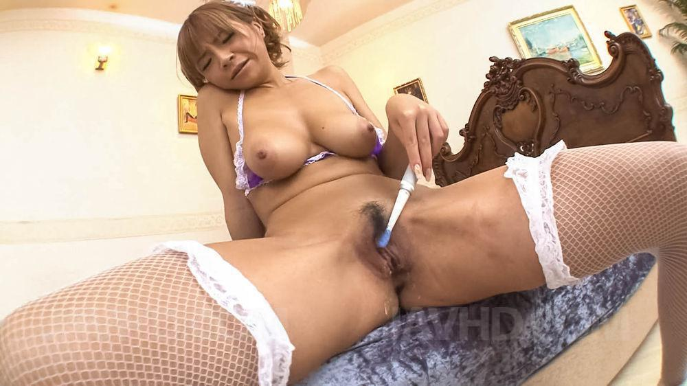 Sumire matsu makes herself squirt from her vibrator