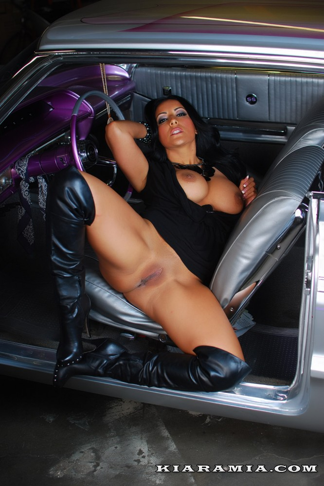 low rider model Nude