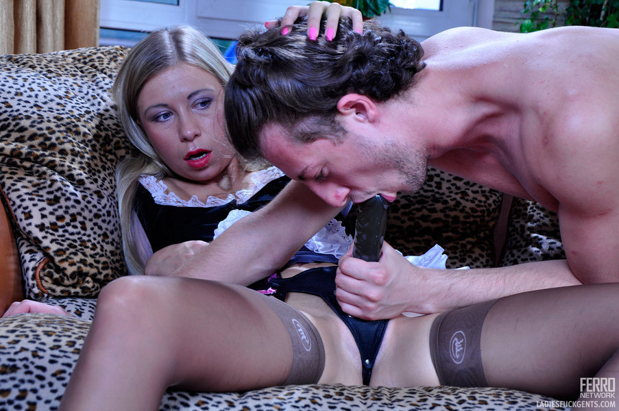 Blowjob girls fuck gents for