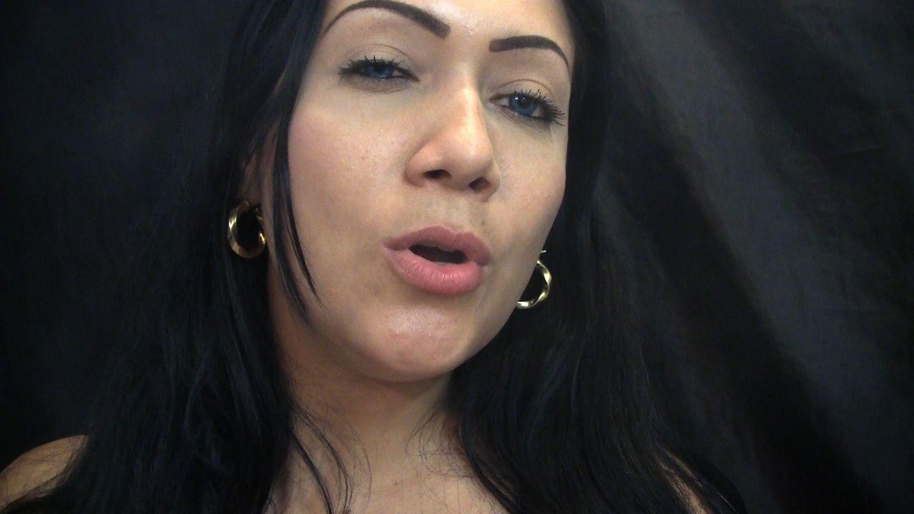 Smoking fetish kelly donna and kris 8