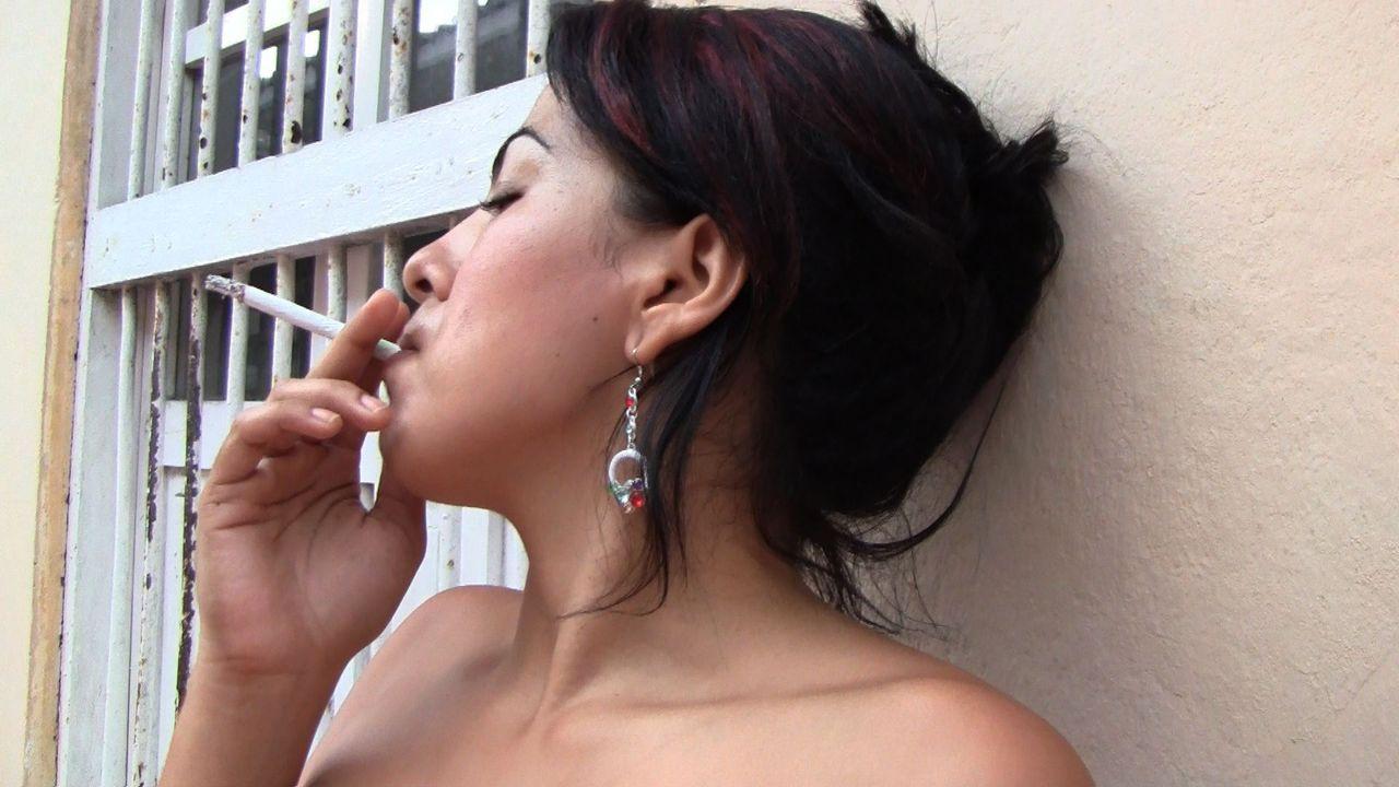 Smoking body latina dances samba - 3 9