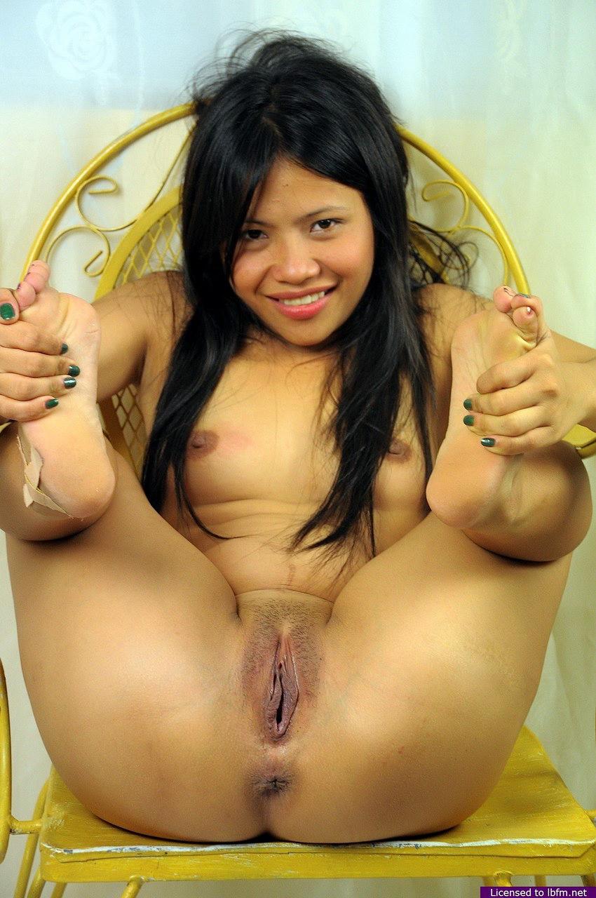 naked asian brown girl