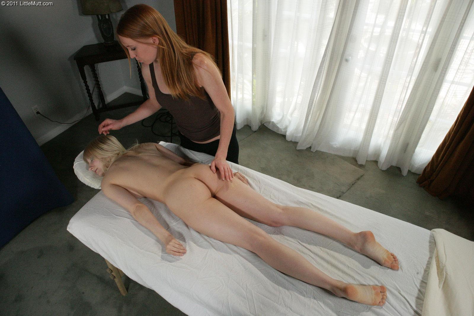 lesbi-massazh-skritaya-kamera