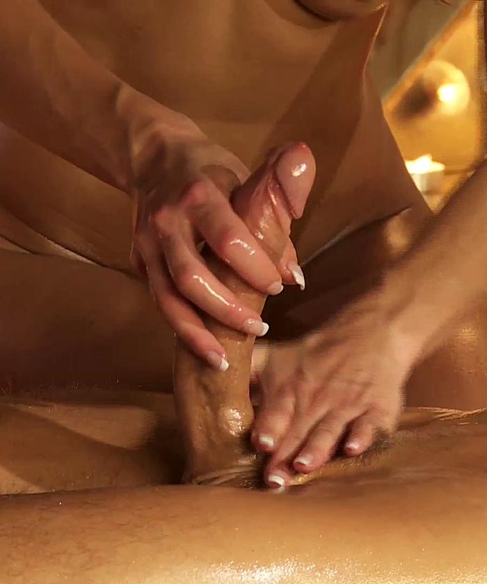 Для интивный женщины массаж