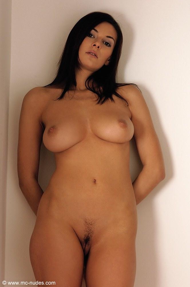 naked girlfriend hidden camera photo