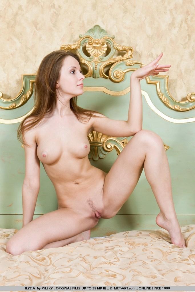 eroticheskie-foto-bolshoy-klitor