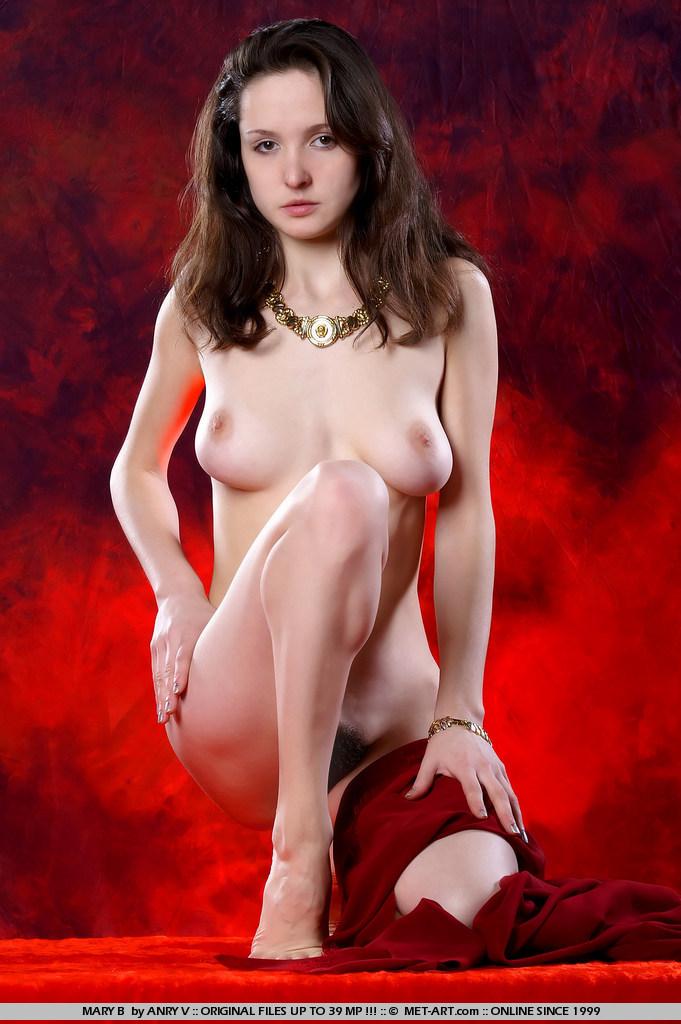 Фото голая софия