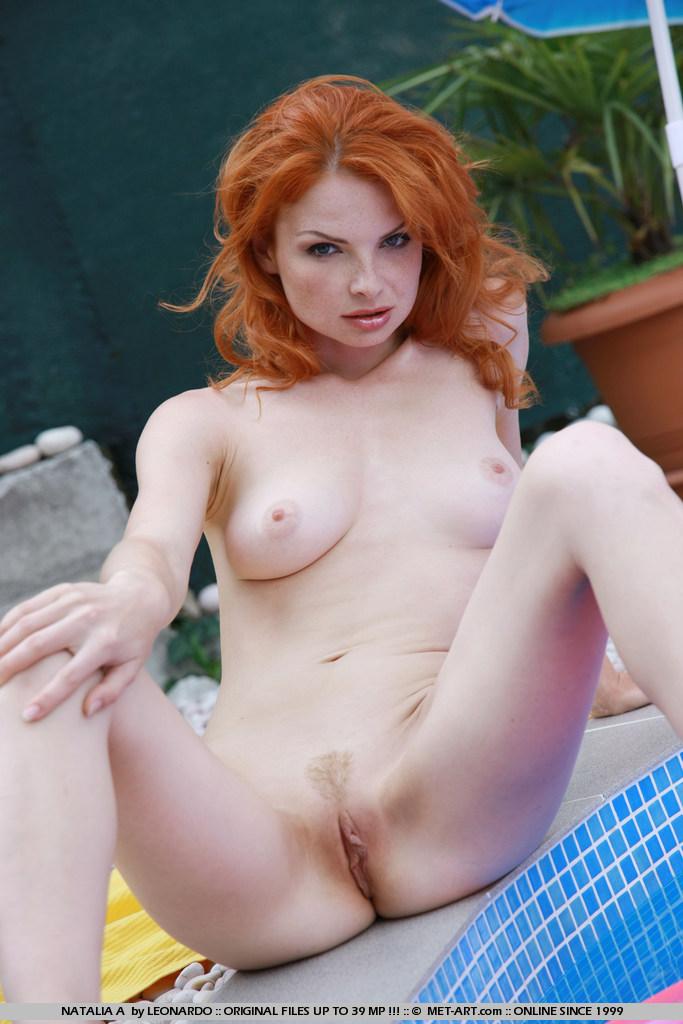 Порно фото рыжие молодые