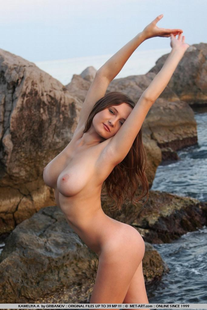 Kameliya nude
