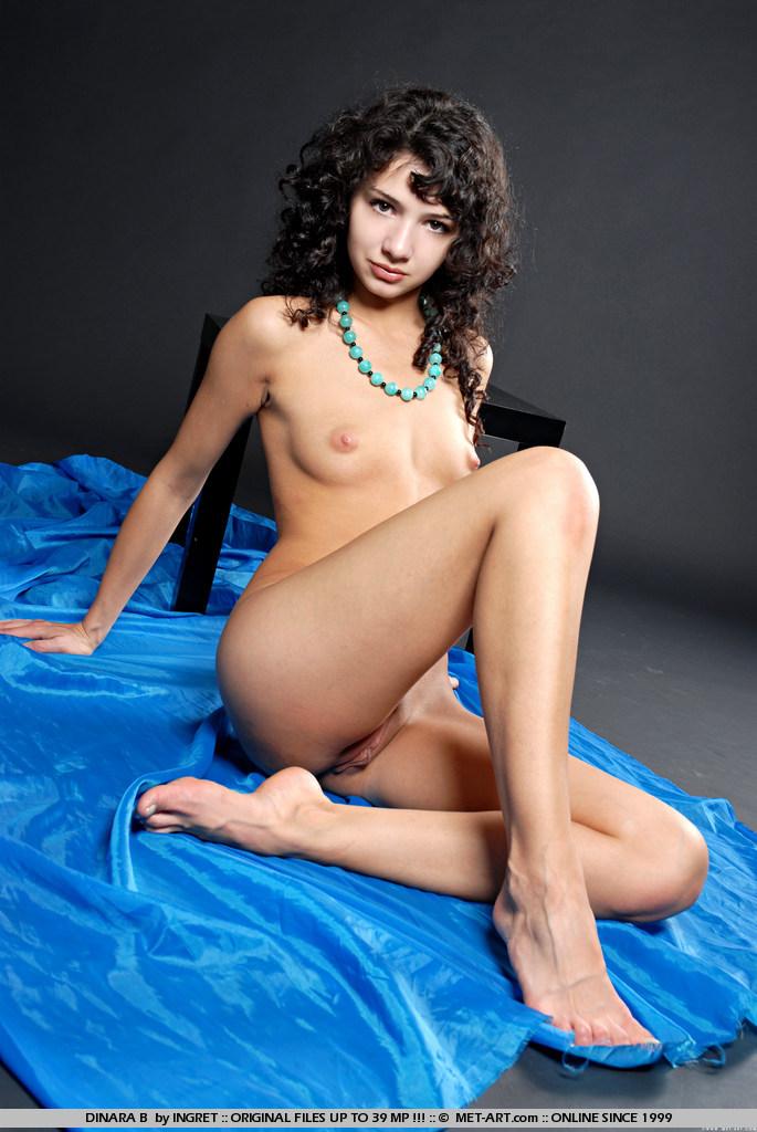 dinara-eroticheskoe-foto