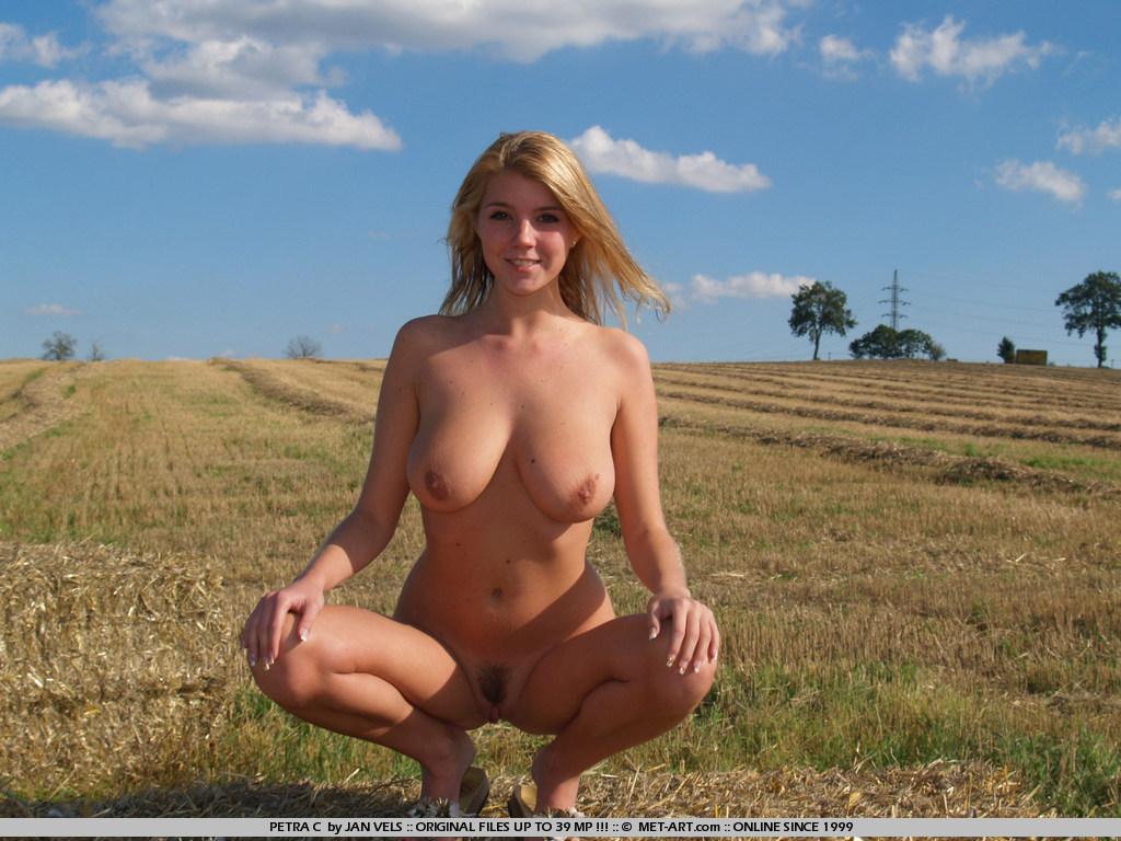 Petra e met art models nude