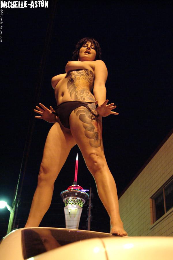 Aston  nackt Michelle Michelle Aston