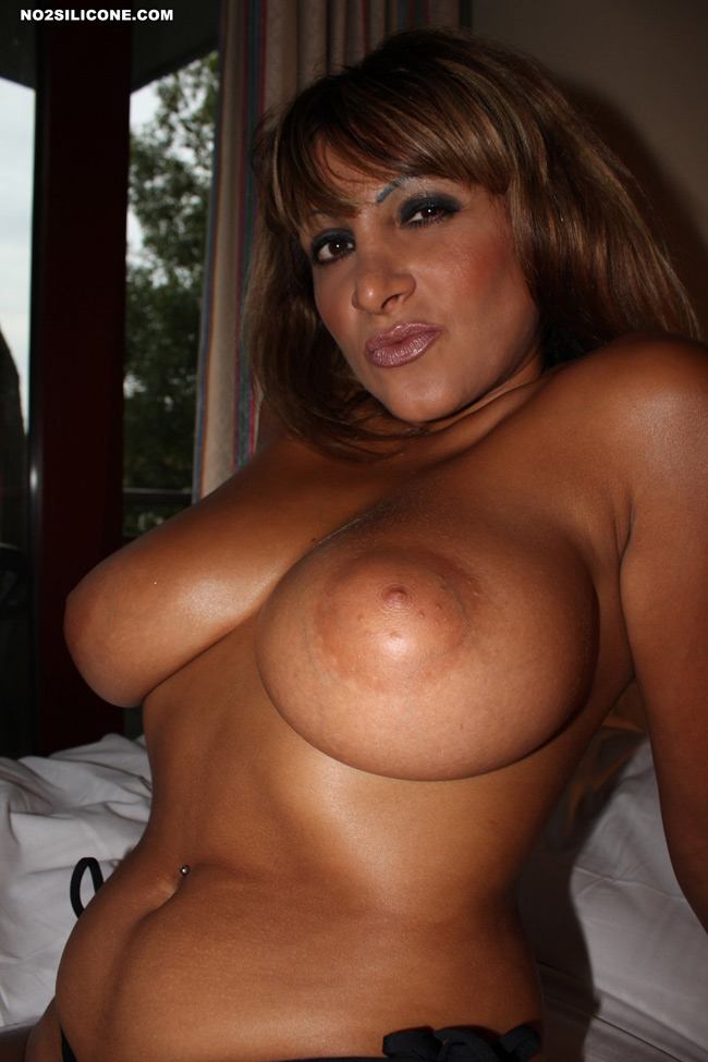 Tanned nude milfs naked at the beach spycamera voyeur 3
