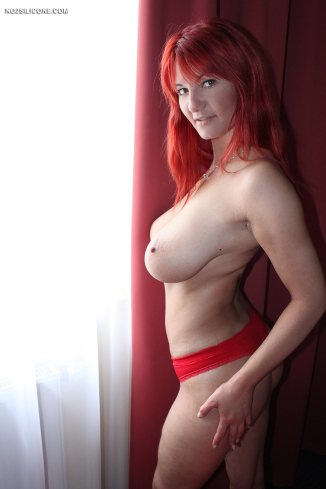 redhead tube