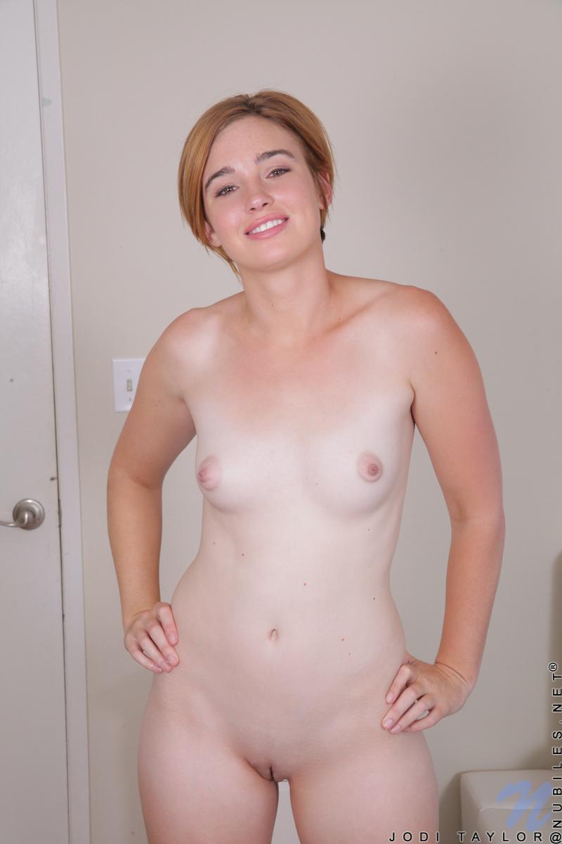amateur wife nude shaving