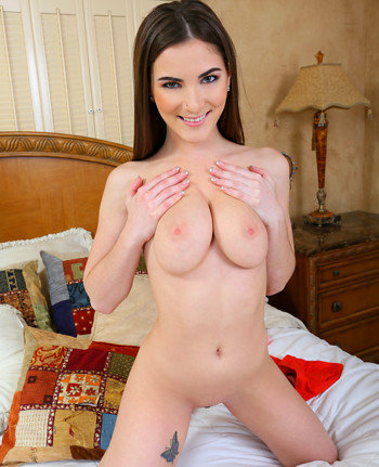 Nackt molly jane Molly Jane