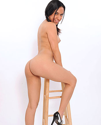 Babe today bskow tia cyrus rank high brunette book porn pics