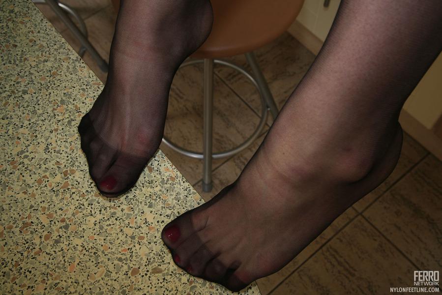 iva pantyhose encasement