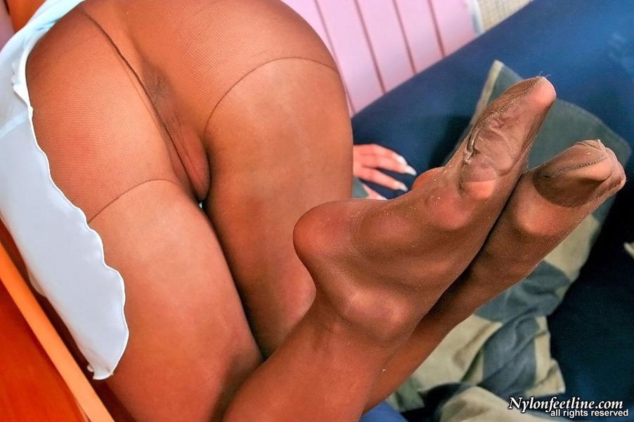Онлайн порно feet nylon