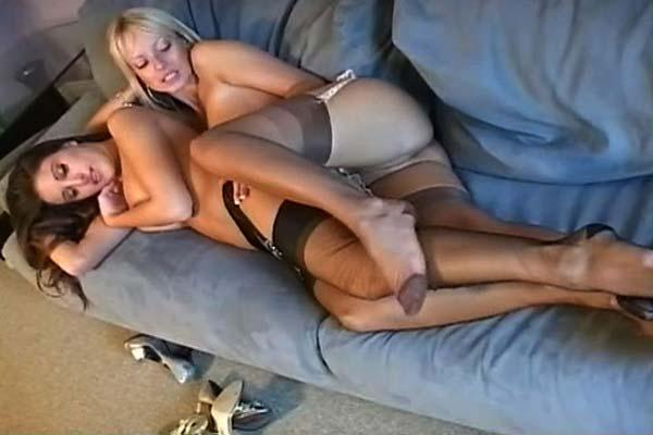 Nude female oily butt videos